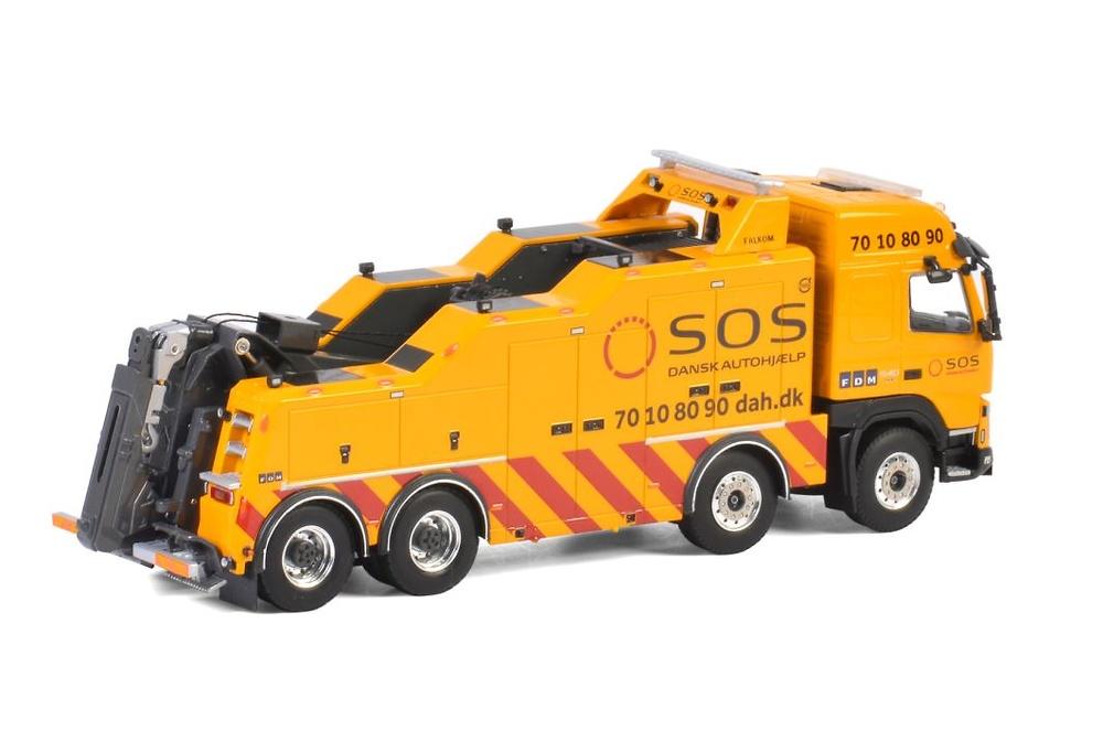 Volvo FMX Globetrotter Falkom Wsi Models escala 1/50
