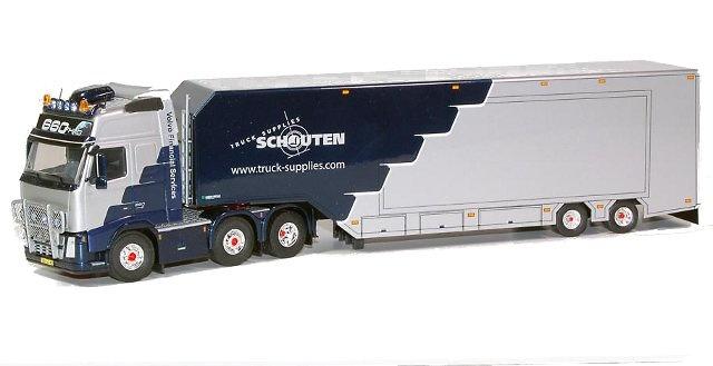 Volvo Globetrotter XL with a Schouten semitrailer, Tekno 56090 escala 1/50