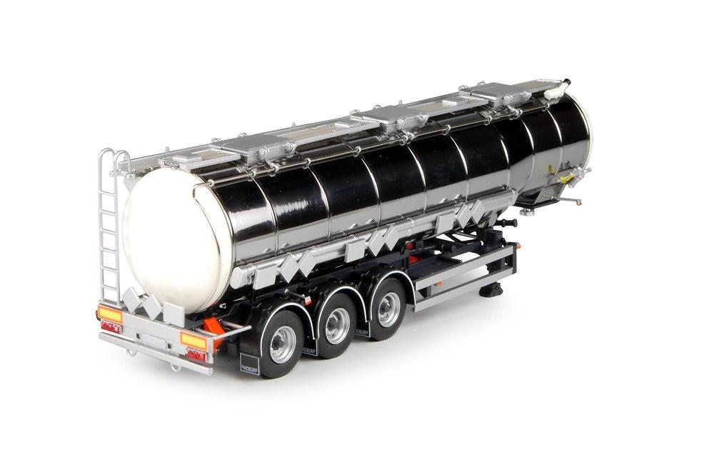 semiremolque cisterna 3 ejes Tekno 68059 escala 1/50