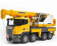 Grua Liebherr en Scania R con función de luces y sonidos Bruder 03570 escala 1/16