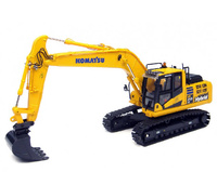 Komatsu HB215LC-2 Bagger, Universal Hobbies 8095 Masstab 1/50
