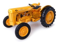 Massey Harris Ferguson 202 WORK-BULL Universal Hobbies 4990 escala 1/32