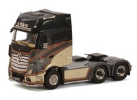 Mercedes Actros Giga Space Uniq Concept Wsi Models 01-1929 escala 1/50