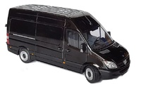 Mercedes Sprinter negro Marge Models 1905-02 escala 1/32