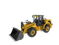 Radlader New Holland w300c Motorart 13782 Masstab 1/50