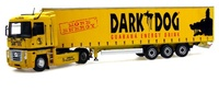 "Renault Magnum + Krone ""Dark Dog"" trailer tautliner Universal Hobbies 5685 escala 1/50"
