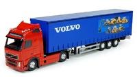 Volvo FH con remolque tautliner Tekno 73966 escala 1/50
