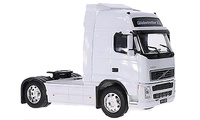 Volvo FH12 4x2 blanco Welly 32630W escala 1/32